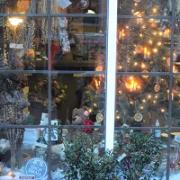 Festive Fridays in Salem for Your Holiday Shopping Needs
